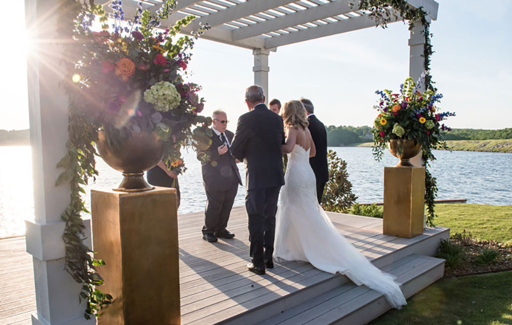 Photo by Lakepoint Restaurant and Event Center